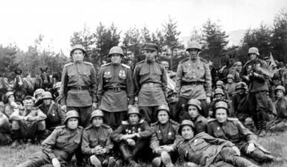 Саберзанов зефир гайсович (1923 - 26031943), 7 отдельная армия 131 армейский запасной стрелковый полк командир