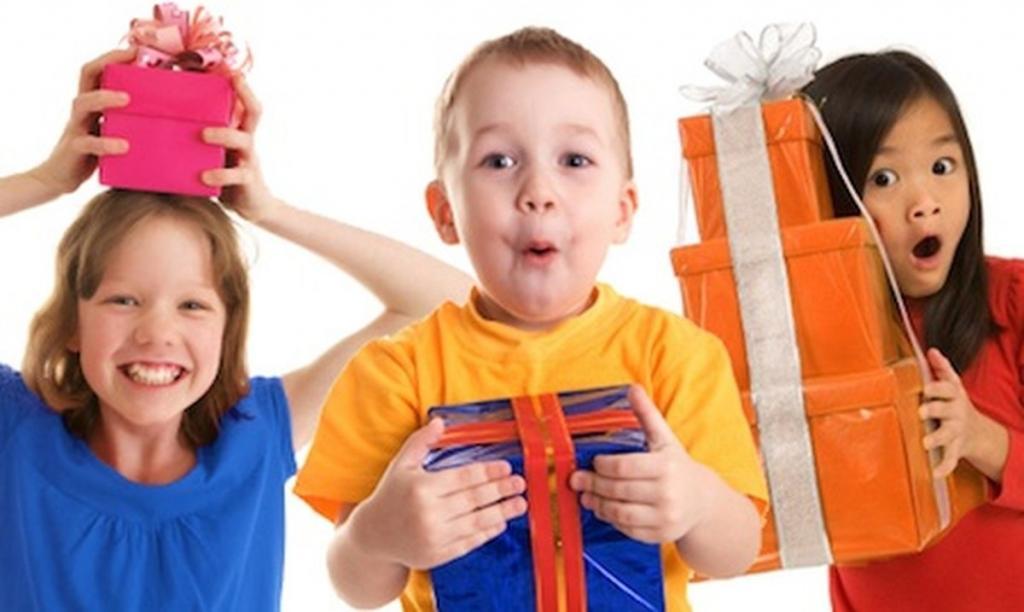 Подарки деткам на годик
