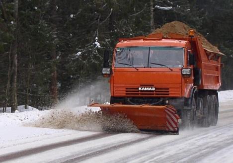 Дороги от снега будут очищать 450 единиц техники