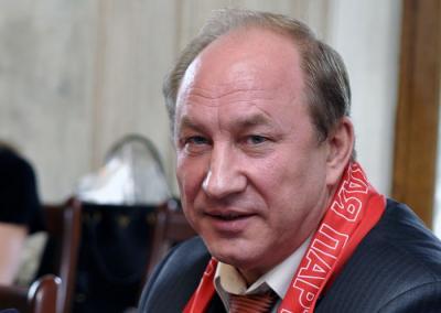 Политолог заявил, что Рашкин может намеренно мешать Алимовой