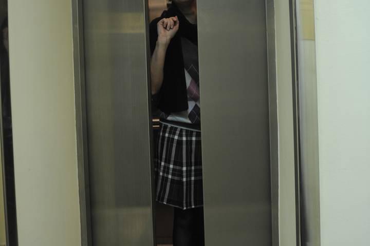 грудь засадить девушке в лифте отлично
