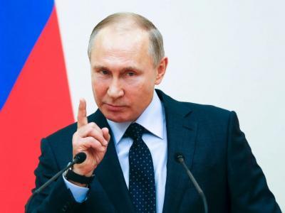 Несколько саратовцев пообещали встать на колени перед Владимиром Путиным