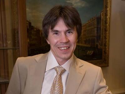 Депутат Вадим Рогожин выразил надежду, что законопроект о пенсионной реформе принят не будет