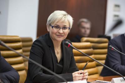 Людмила Бокова названа одним из самых активных сенаторов